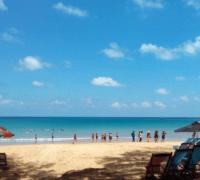 """Du lịch Vũng Tàu: Bãi Đầm Trầu """"Ốc đảo xanh"""" giữa biển."""