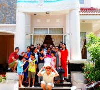 Họp lớp 12A3 – trường Nguyễn Chí Thanh quận Tân Bình tại biệt thự biển Ali 7