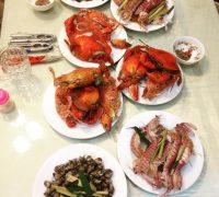 Bữa tiệc BBQ tại sân vườn biệt thự biển Ali 9