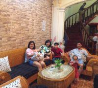 Đoàn gia đình chị Sỹ Anh từ Biên Hòa đến biệt thự Ali 1B